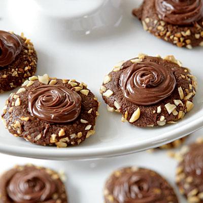0912p258-chocolate-thumbprints-l